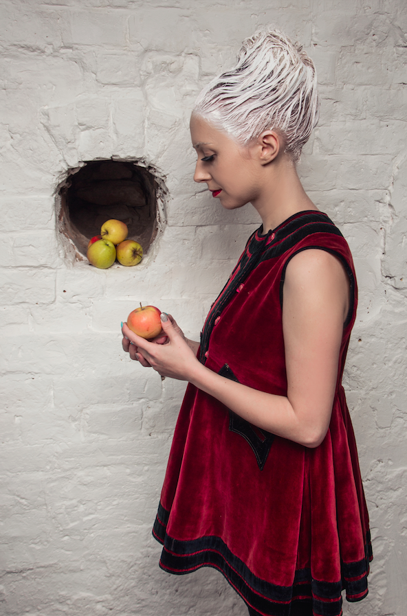 Тоня Матвиенко сменила стиль для нового электронного проекта